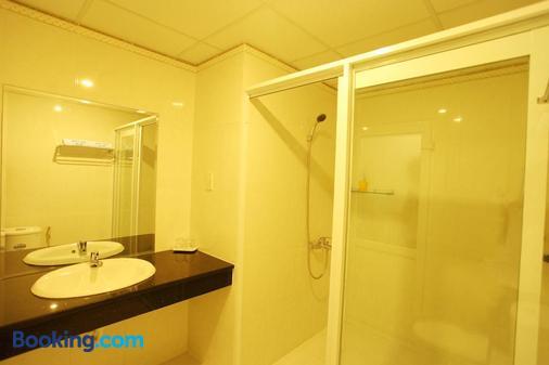 海燕酒店 - 潘切 - 浴室