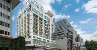 曼谷富丽华阿索科酒店 - 曼谷 - 建筑