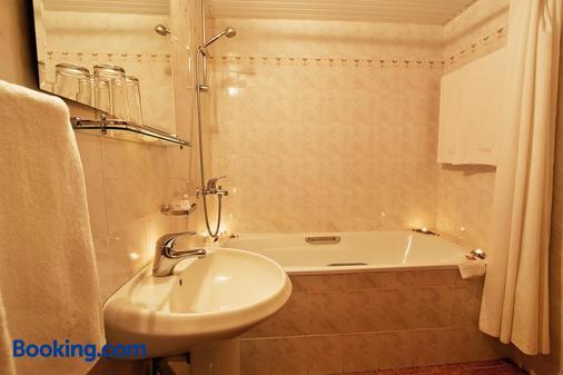 露拉克酒店 - 金沙 - 浴室