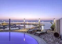 卡波沃德酒店 - 马蒂 - 游泳池