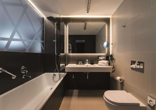 马宁酒店 - 米兰 - 浴室