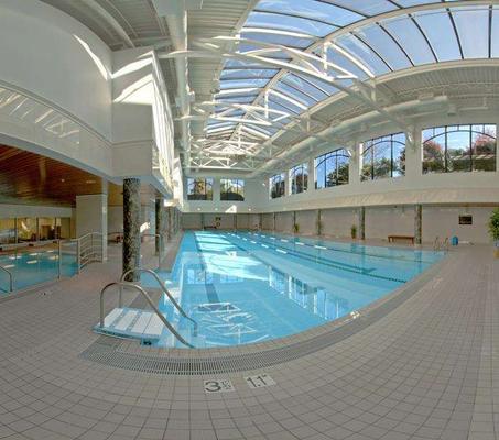 维多利亚太平洋大酒店 - 维多利亚 - 游泳池