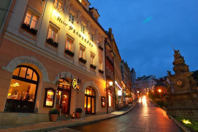 浪漫长廊家庭酒店 - 卡罗维发利 - 建筑