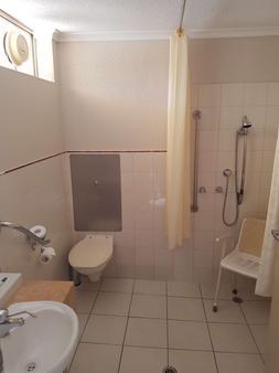 查菲贝斯特韦斯特汽车旅馆 - 米尔迪拉 - 浴室