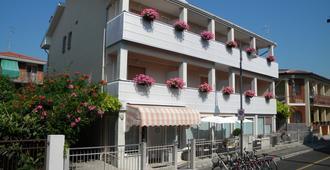 伊利亚尼酒店 - 格拉多 - 建筑