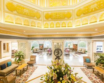 维万塔奥郎加巴德酒店 - 奥兰加巴德 - 大厅