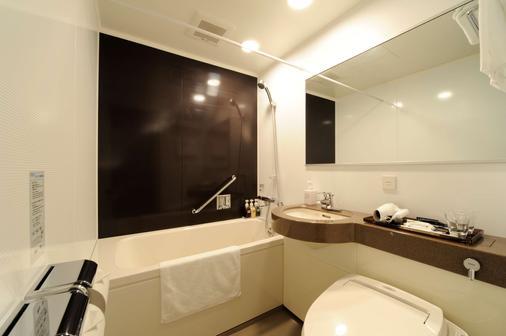 菲诺大阪心斋桥最佳西方酒店 - 大阪 - 浴室