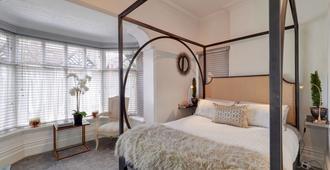 马尔伯里屋豪华四柱床公寓酒店 - 曼彻斯特 - 睡房