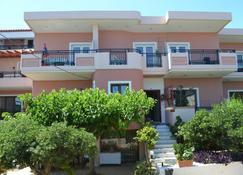 梅丽娜之家酒店 - 斯塔罗斯 - 建筑