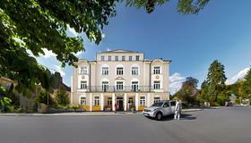 帕席欧纳里亚养生酒店 - 玛丽亚温泉市 - 建筑