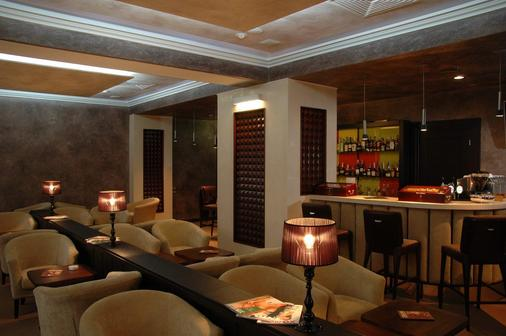 极光精品酒店 - 哈尔科夫 - 酒吧