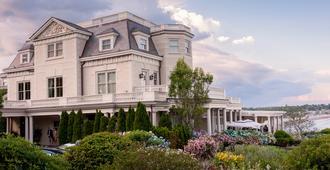 尚勒崖城酒店 - 纽波特 - 建筑