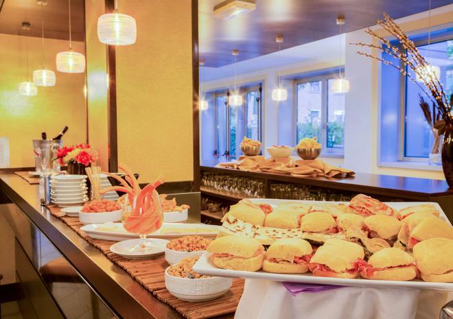 贝斯特韦斯特城市酒店 - 博洛尼亚 - 自助餐
