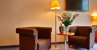 罗兹福克斯酒店 - 罗兹