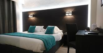 乐切瓦尔布兰克酒店 - 阿尔勒 - 睡房