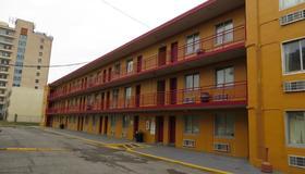路易斯维尔汽车旅馆 - 路易斯威尔 - 建筑