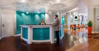 休斯顿商业街廊靛蓝酒店 - 休斯顿 - 柜台