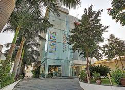 赛米瑞克酒店 - 舍尔第 - 建筑