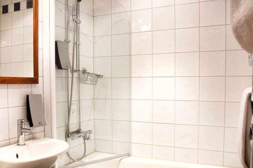克拉丽奥特姆普瑞斯连锁酒店 - 马尔默 - 浴室