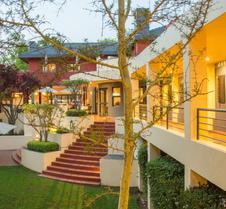 坦邦帕斯酒店