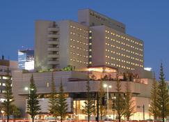 仙台国际饭店 - 仙台 - 建筑