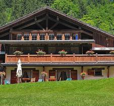 薩拉木屋酒店