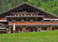 萨拉木屋酒店 - 拉克吕萨 - 建筑