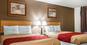 旅馆与套房伊克诺旅店 - 杰克逊 - 杰克逊 - 睡房