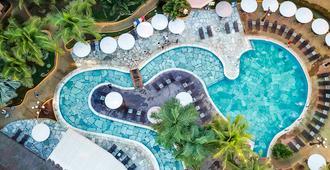 奥林匹亚温泉度假村 - 美居 - 奥林匹亚 - 游泳池