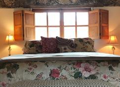 爱与和平酒店 - Real de Catorce - 睡房
