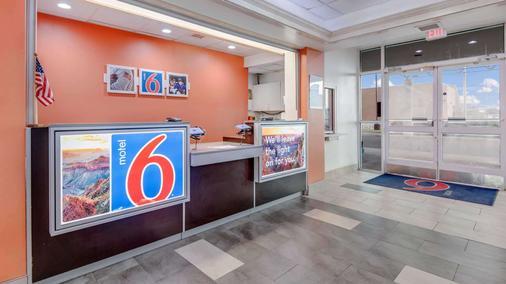 罗斯威尔第6汽车旅馆 - 罗斯威尔 - 柜台