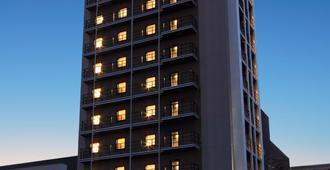 大阪wbf酒店-难波稻荷 - 大阪 - 建筑
