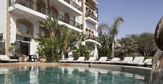 海洋瓦格邦德酒店 - 索维拉 - 游泳池