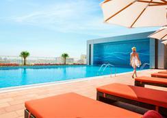 罗塔娜市中心酒店 - 麦纳麦 - 游泳池