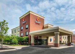 舒适套房酒店-肯萨斯城高速公路 - 堪萨斯城 - 建筑