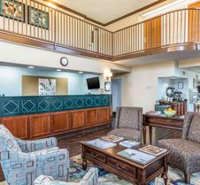 帕迪尤卡品质套房酒店