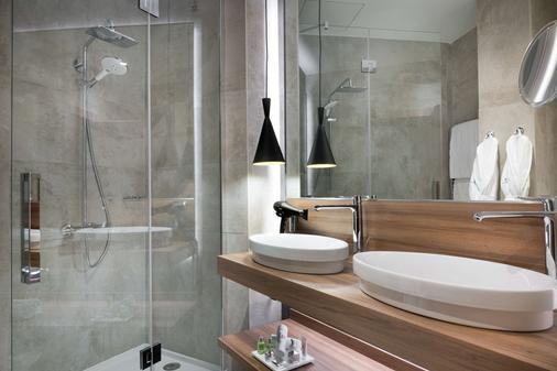 马德里格兰大街乔利酒店 - 马德里 - 浴室