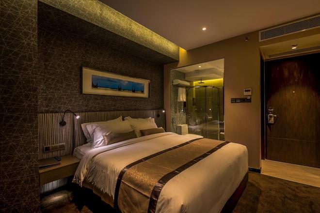 贝斯特韦斯特Plus枫叶酒店 - 达卡 - 睡房