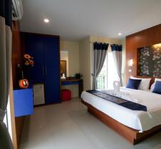 芭东卡里普索酒店