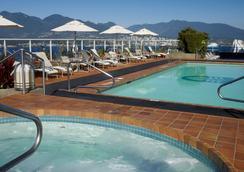 温哥华泛太平洋酒店 - 温哥华 - 游泳池