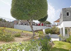 海滨喷泉酒店 - 鲁斯岛 - 户外景观