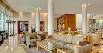喜来登美丽华酒店及会议中心 - 比尼亚德尔马 - 大厅