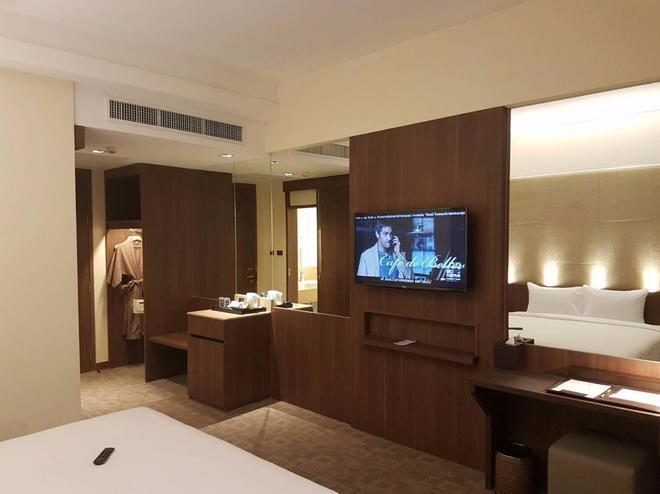 路易斯客栈酒店 - 曼谷 - 睡房