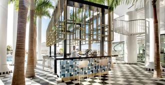 古雅米娜公主酒店 - 仅供成人入住 - 阿德耶 - 酒吧