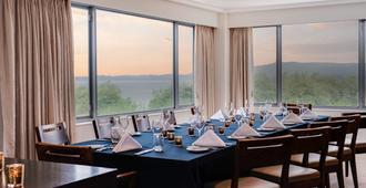 罗托鲁瓦湖畔诺富特酒店 - 罗托鲁阿 - 餐厅