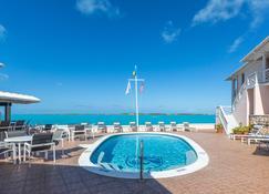 和平与富足度假村 - 乔治镇 (巴哈马) - 游泳池