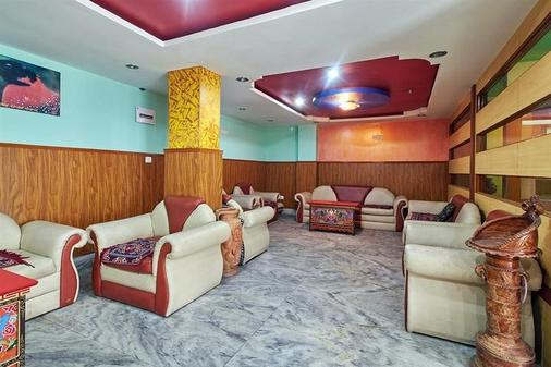 Hotel Tibet Gallery - Gangtok - 休息厅