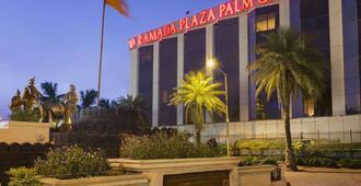华美达广场棕榈林酒店 - 孟买 - 建筑