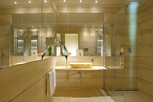 弥涅瓦大酒店 - 佛罗伦萨 - 浴室