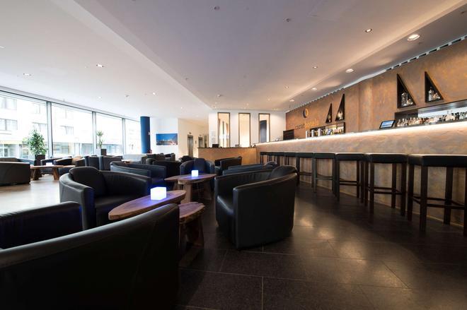 杜塞尔多夫市克拉特酒店 - 杜塞尔多夫 - 酒吧